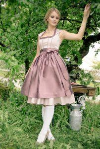 Couturedirndl Rosali - Tian van Tastique – Ligne de Tradition 2017