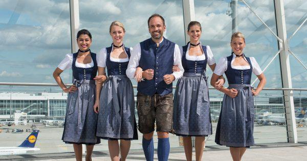 Die Lufthansa Trachtencrew 2016 / Titelbild