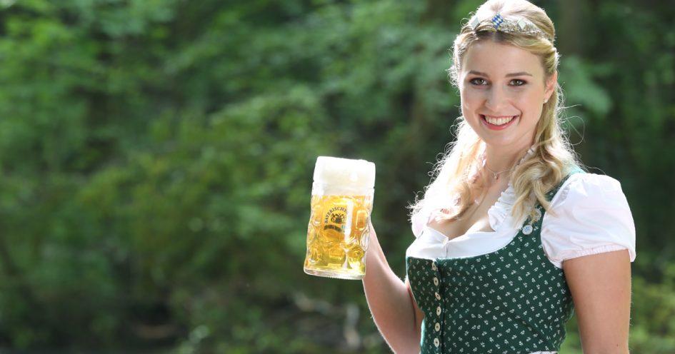 Die bayerischen bierk niginen auf for Bayerische dekoartikel